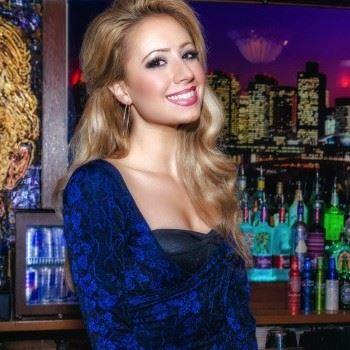 Lori Kyle Christensen, fashionista and entertainment reporter