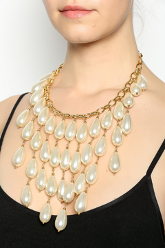 http://www.shoptiques.com/products/boyer-new-york-cascading-pearl-necklace